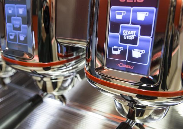 Кофемашина LA CIMBALI M100 HDDT3 SILVER низкие группы - 3